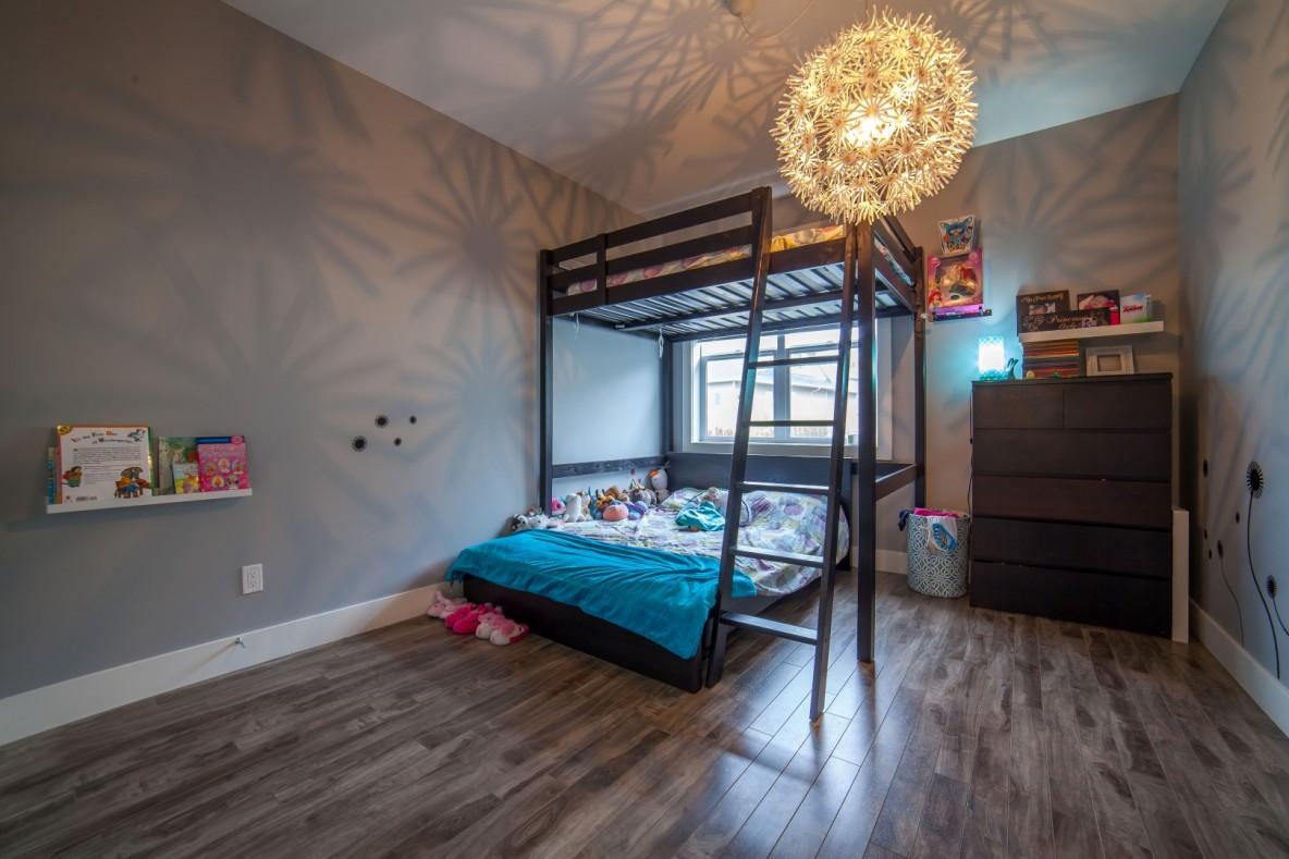 Bunk Beds - Kids Room